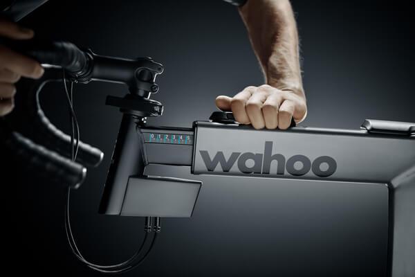 Wahoo KICKR Bike verstellbarer Frontaufbau